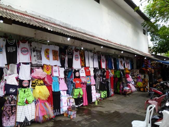 Tienda de venta de ropa en Bali