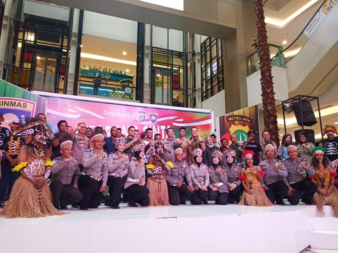 "Polres Metro Tangerang Kota dan Dit Binmas Polda Metro Jaya Gelar Pentas Seni Bertema ""KITA ORANG CINTA PAPUA"""