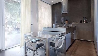 Ruang Makan Silver Minimalis