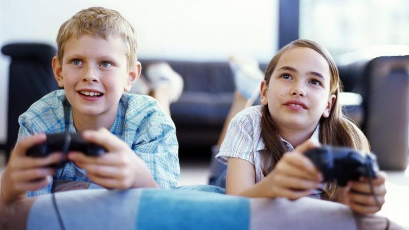 Συμβουλές για ασφαλείς αγορές ηλεκτρονικών συσκευών στα παιδιά ενόψει εορτών