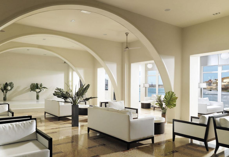 Travel Advice Bureau: Medano Hotel, El Medano, built above the beach