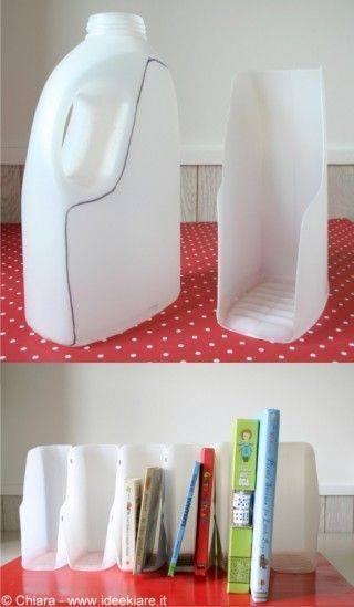 Agak² Kalau Duduk Penyek Tak Botol Plastic Atau Kira² Akan Pecah Ke Tidak Hehe Apepun Salute Pada Mereka Yang Kitar Semula Barangan Terpakai Hasilkan