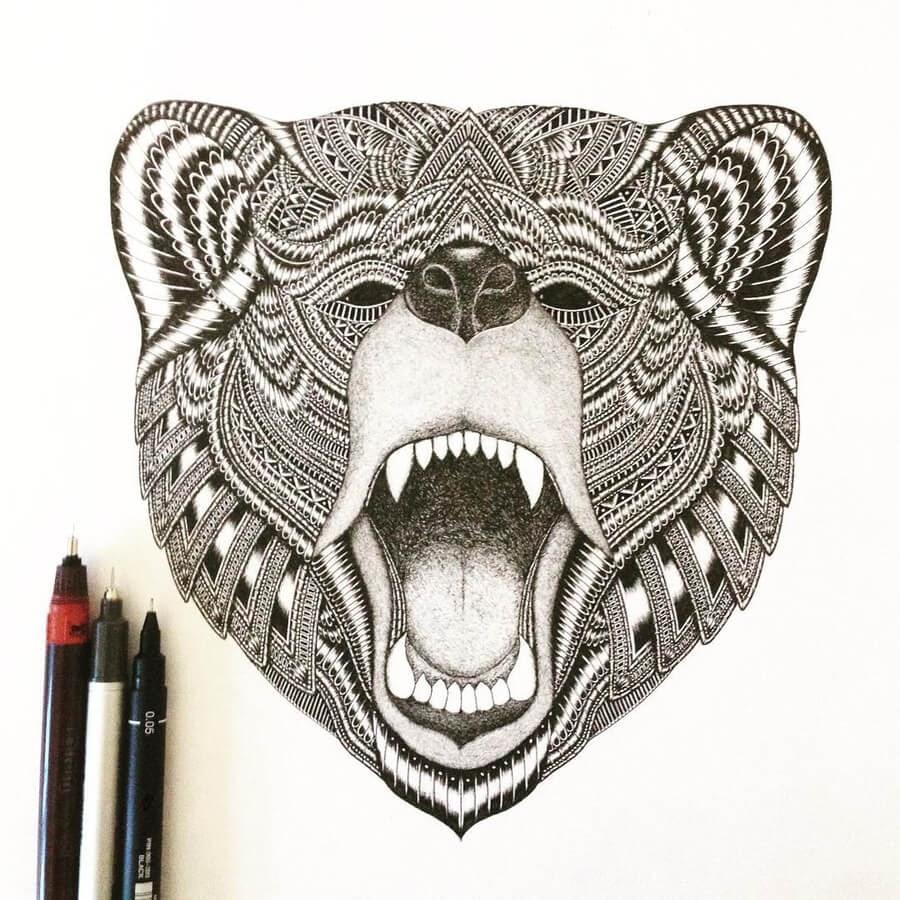 07-Yawning-bear-Stine-Lee-www-designstack-co