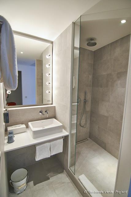Ducha Habitación del Hotel Ruby Marie - Viena por El Guisante Verde Project