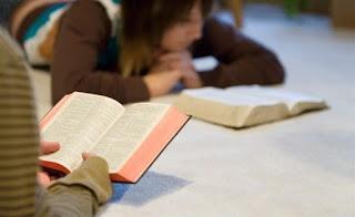 Resultado de imagem para leitura biblica