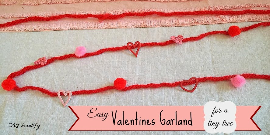 How to make Mini Valentines Garland www.diybeautify.com