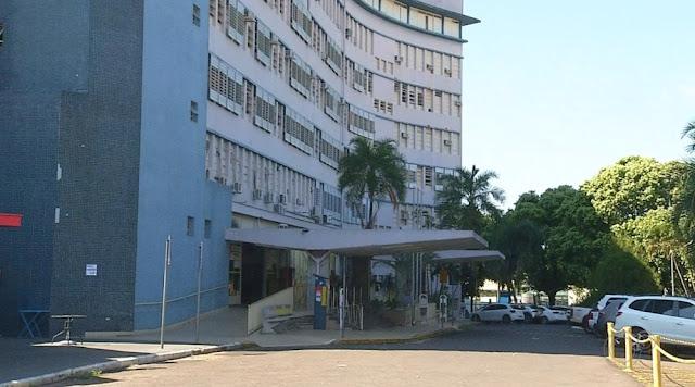 Mulher baleada com 5 tiros na cabeça por vizinho e socorrida consciente foge de hospital, diz polícia  -  Adamantina Notìcias