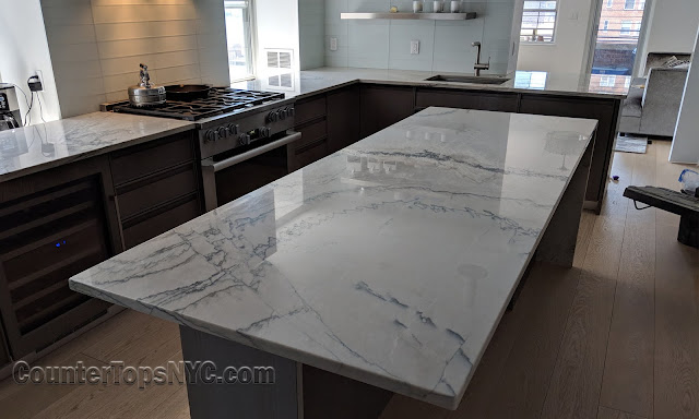 Quartzite Kitchen Island Top Design Ideas