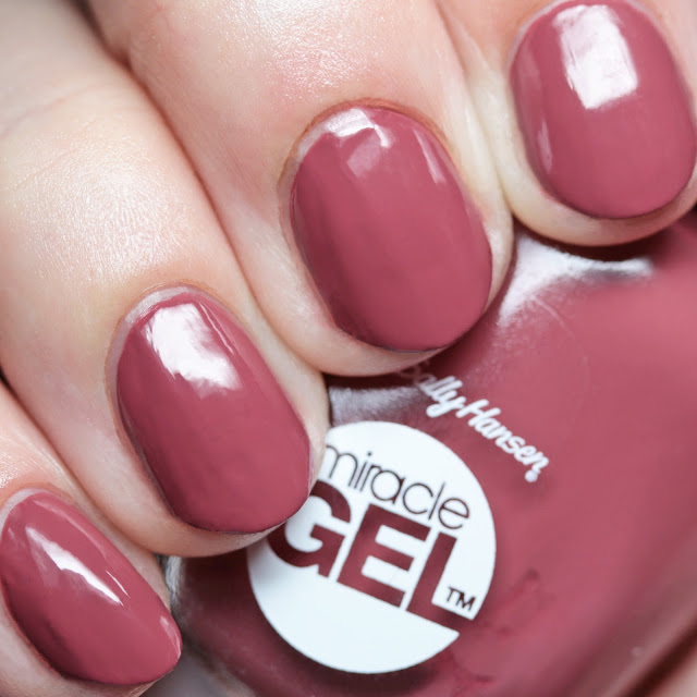 Sally Hansen 496 Beet Pray Love