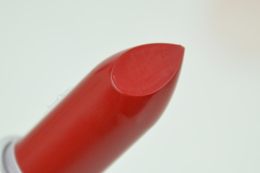 Review, Tragebilder und Swatches MAC Russian Red
