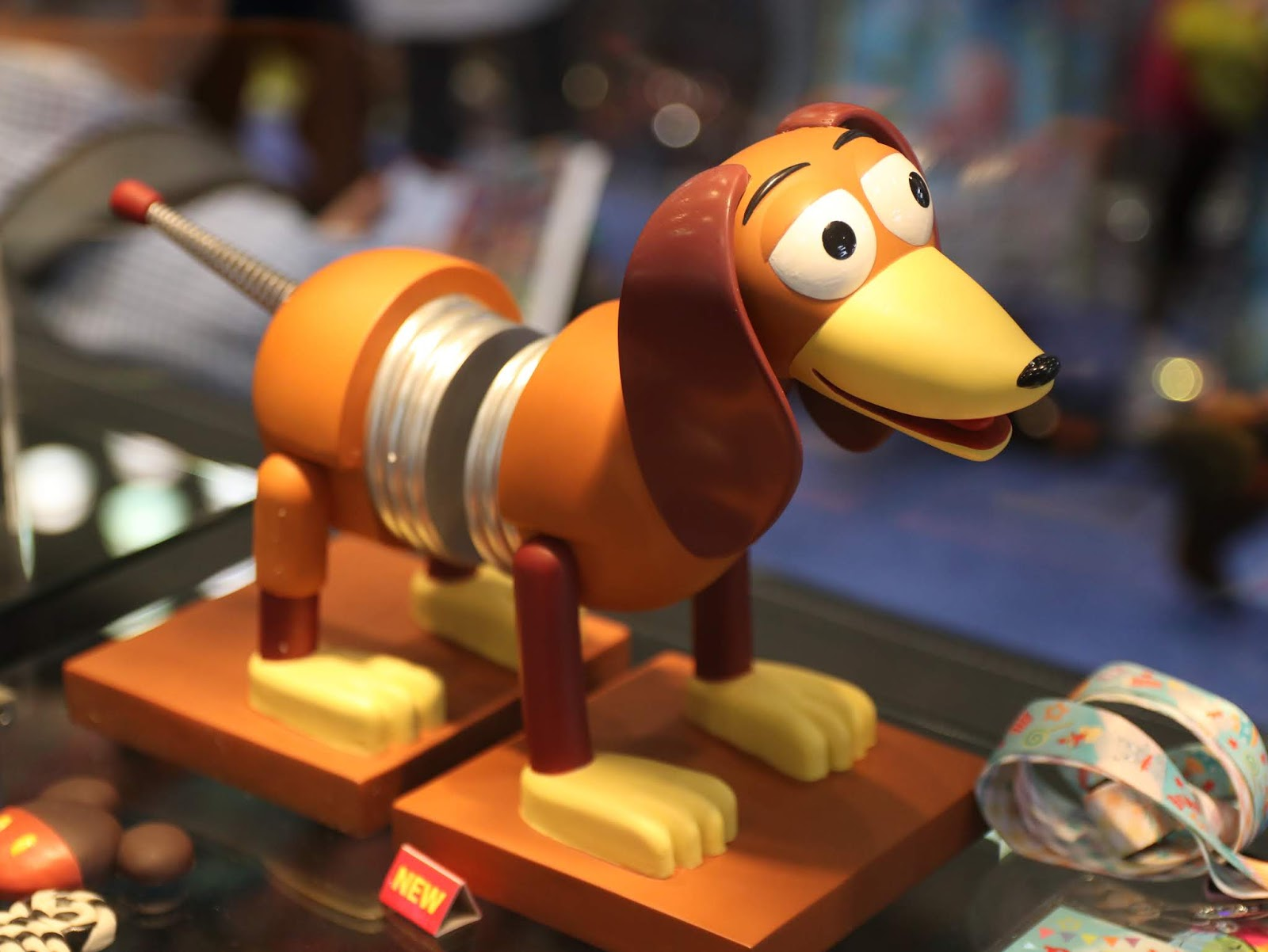 toy story slinky dog book ends box lunch