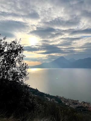 vista sul Lago di Garda da San Zeno di Montagna
