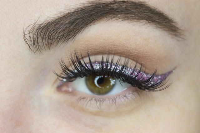 New year make-up 2018, step 10: False lashes