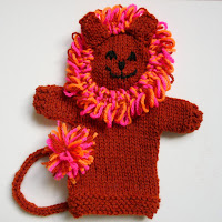 http://puppetystuff.blogspot.co.uk/2016/01/lion-puppet-knitting-pattern.html
