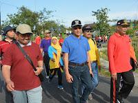Ratusan Peserta Ikuti Jalan Sehat Hari Amal Bhakti Kemenag Di Sleman