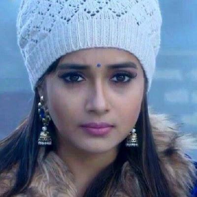 Foto Cantik Hot Tina Dutta Pemeran Ichcha 'Uttaran'
