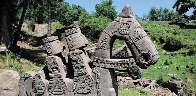 Μυστήριο: 200 περίτεχνα αγάλματα άγνωστης προέλευσης βρέθηκαν στα Ιμαλάια (βίντεο)