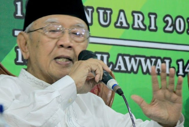 Politik Pilih Jokowi atau Prabowo, Ini Pernyataan Gus Sholah di Pilpres