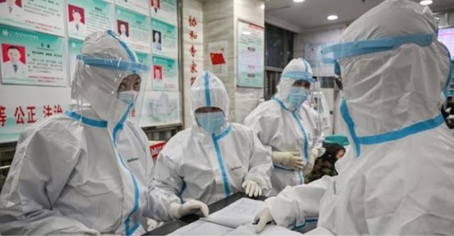 tim medis di Kota Wuhan Provinsi Hubei China terjangkit virus corona