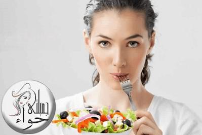 مشروبات وأطعمة تساعد على حرق الدهون
