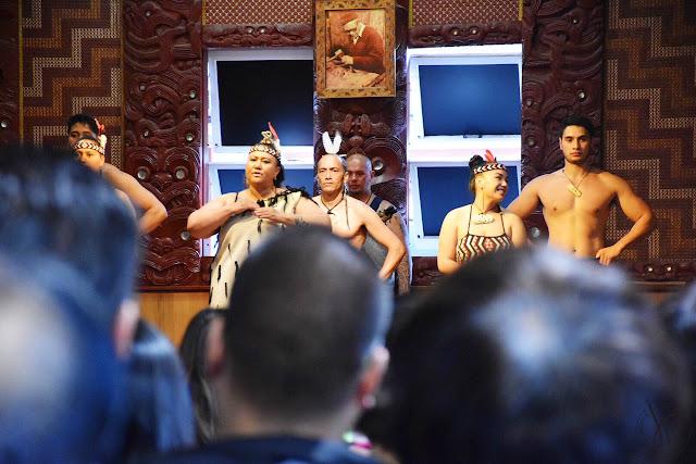 Maori men and women
