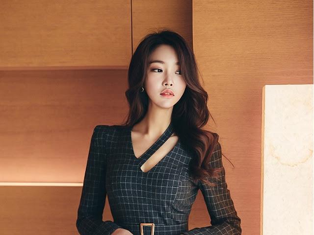Park Jung Yoon - Grey Cubed Dress