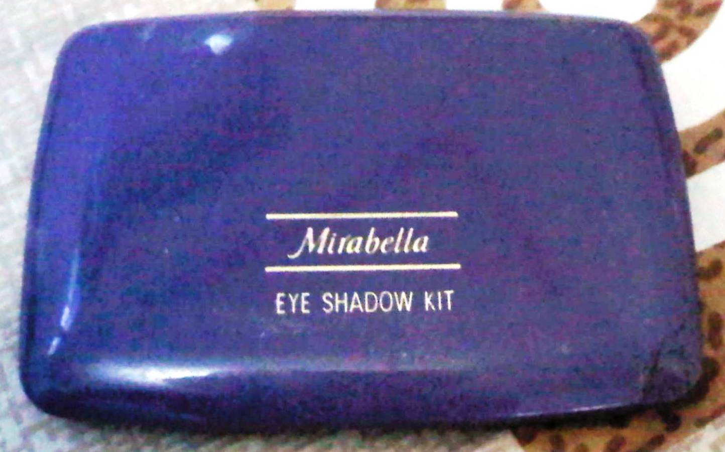 Racun Warna-Warni: Mirabella Eye Shadow Kit