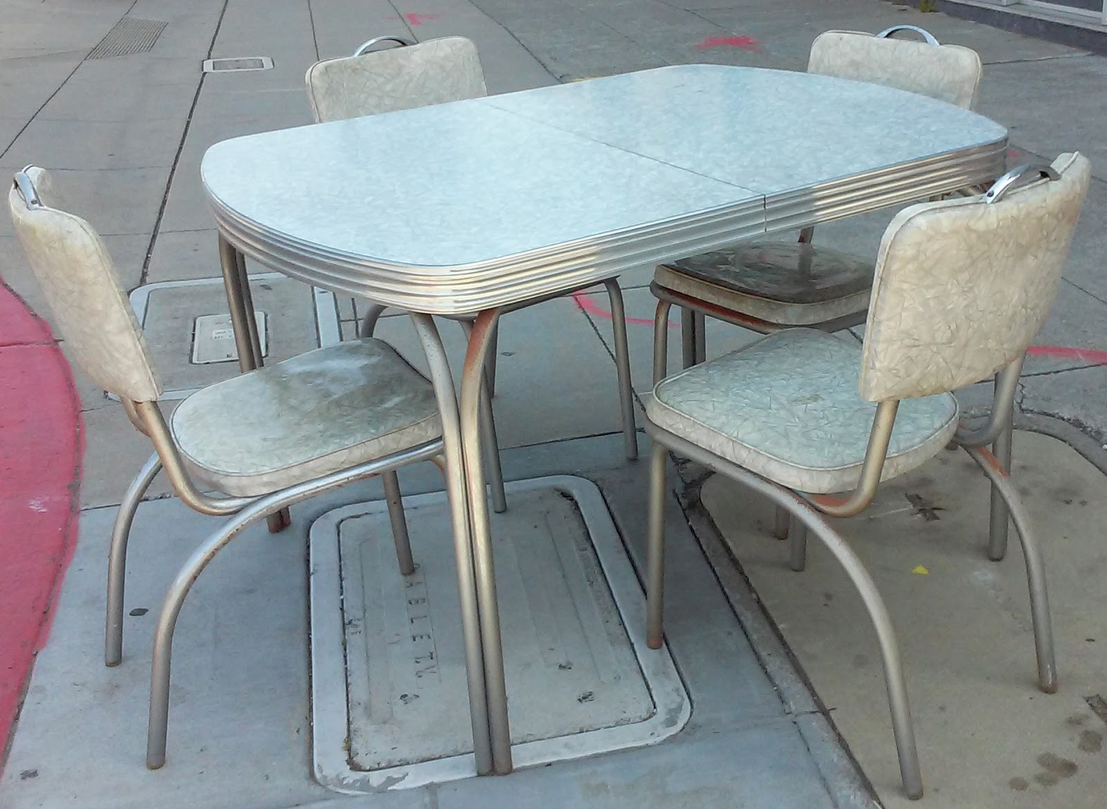 50s Table And Chairs Uhuru Furniture And Collectibles Sold 50 39s Crushed Ice