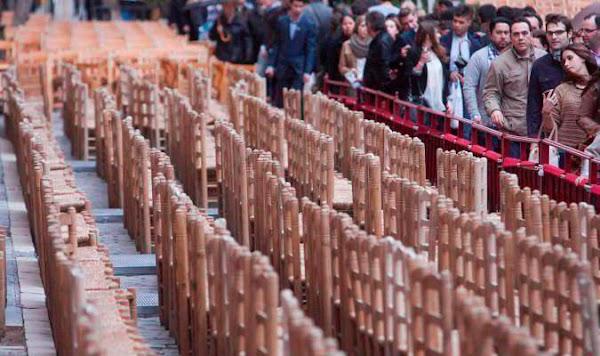 Facua pide al Ayuntamiento de Sevilla multar al Consejo por no devolver el dinero de las sillas