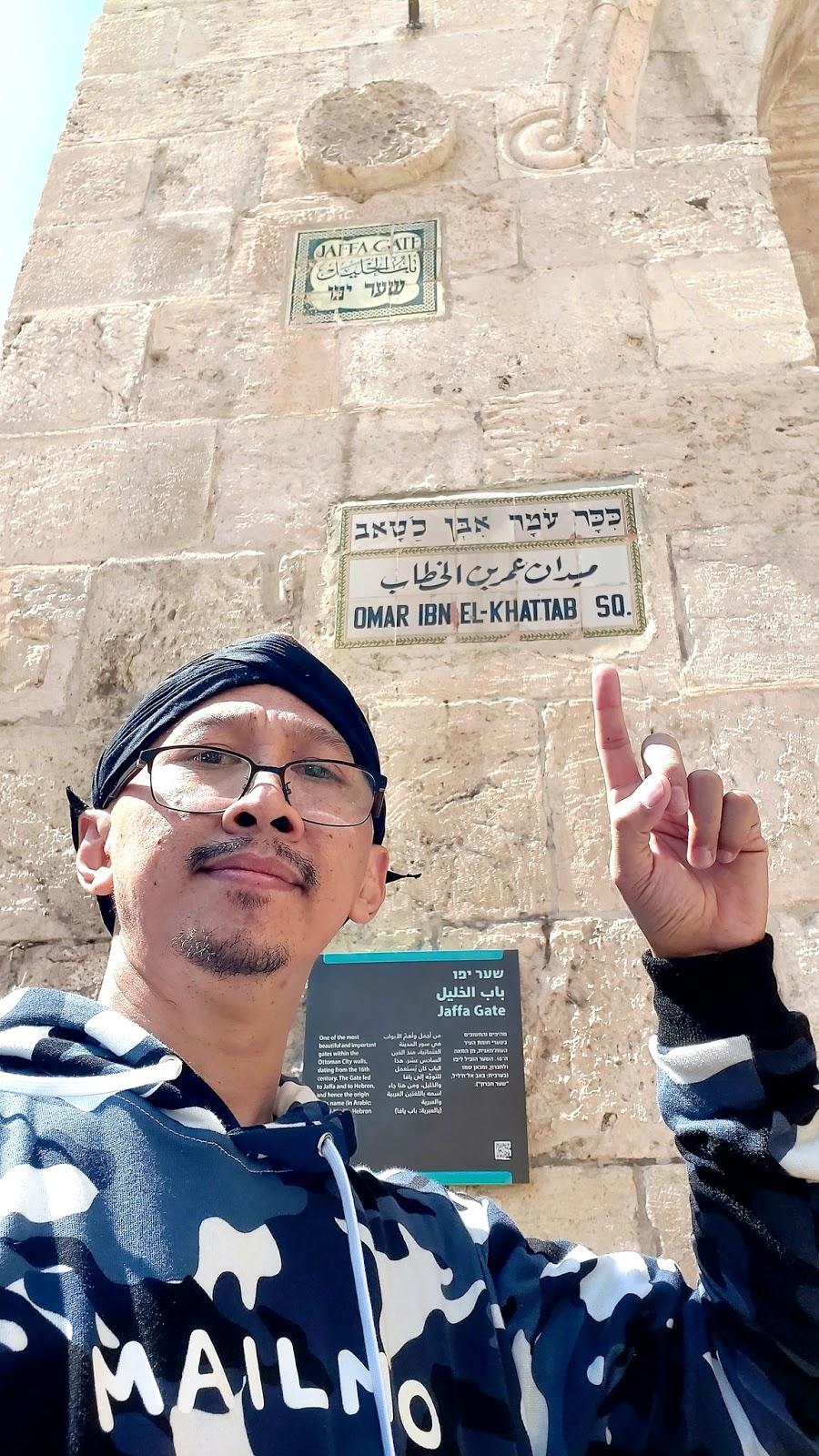 Waduh! Abu Janda Kembali Unjuk Kedunguan di Jerusalem