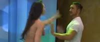 Το βίντεο που έγινε viral❗ Παρουσιαστής χουφτώνει μοντέλο στον αέρα και αυτή τον πλακώνει στα χαστούκια❗ ➤➕〝📹ΒΙΝΤΕΟ〞
