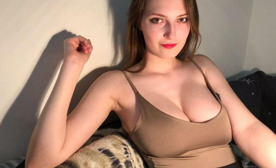 LanaKela Model GlamourCamas