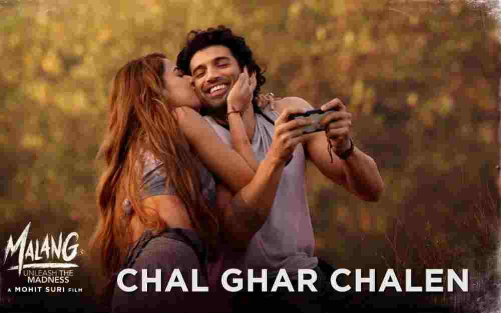 Chal Ghar Chalen Lyrics - Malang   Arijit Singh