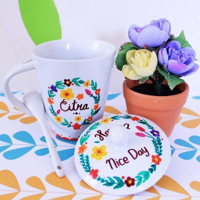 Mug Cantik_7 Kado Unik dan Berkesan Untuk Guru