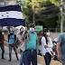 Unos 400 migrantes salen en caravana hacia EE.UU. desde el norte de Honduras