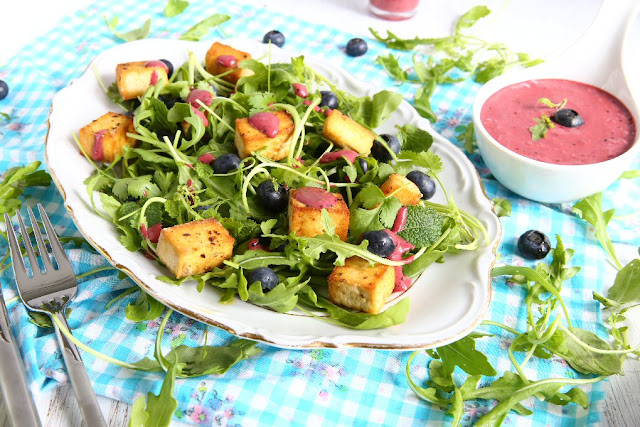 Arugula Tofu Salad with Blueberry Vinaigrette