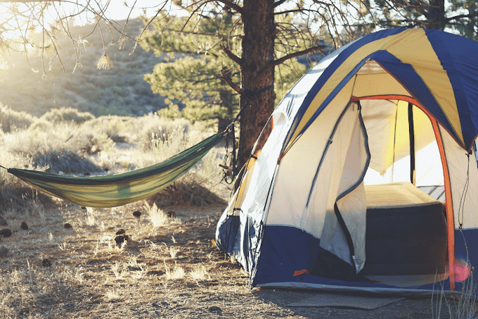 10 Best Gadgets You Need While Camping