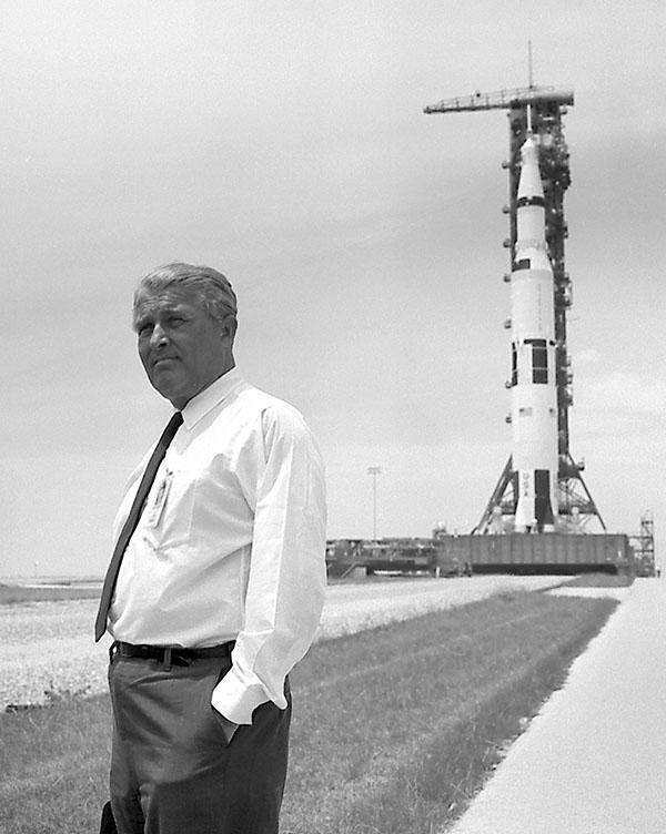 Uголовний конструктор ракети-носія Сатурн-5 Вернер фон Браун