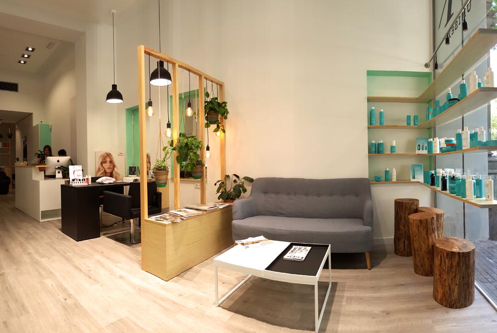Peluquer a atelier en barcelona arquivistes revista for Disenos de interiores para negocios
