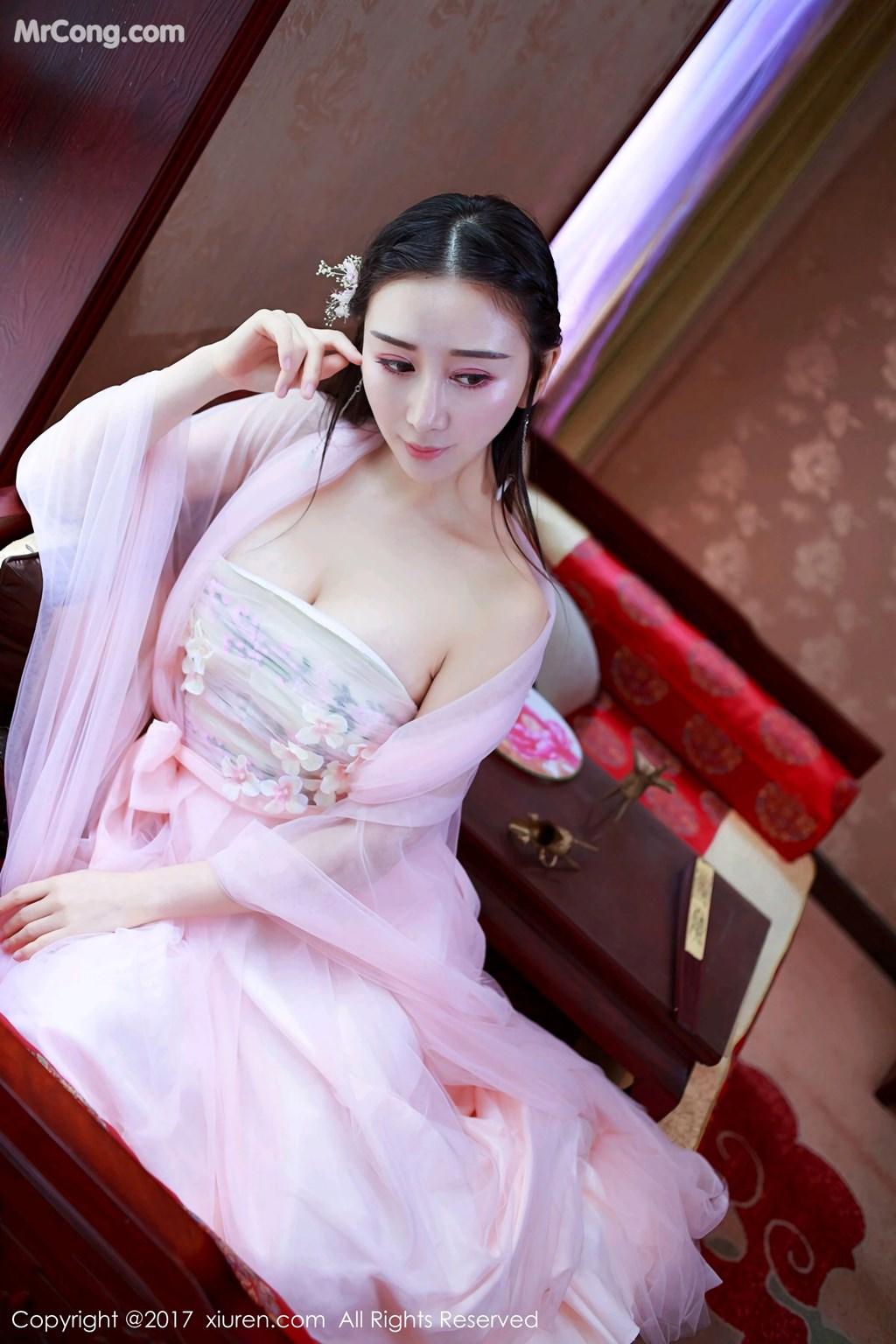 XIUREN No.804: Model Zou Jingjing (邹晶晶 女王) (58 photos)