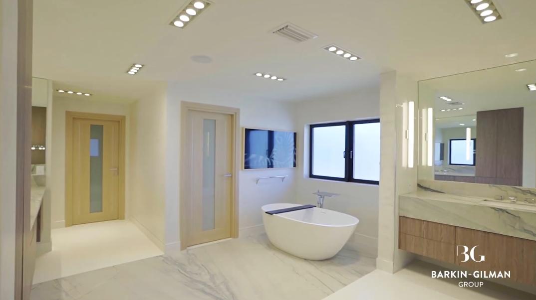 33 Interior Photos vs. 21 Compass Isle, Fort Lauderdale, FL Luxury Home Tour