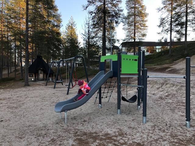 Talviloma Suomessa - Holiday Club Kuusamon Tropiikki leikkipuistot