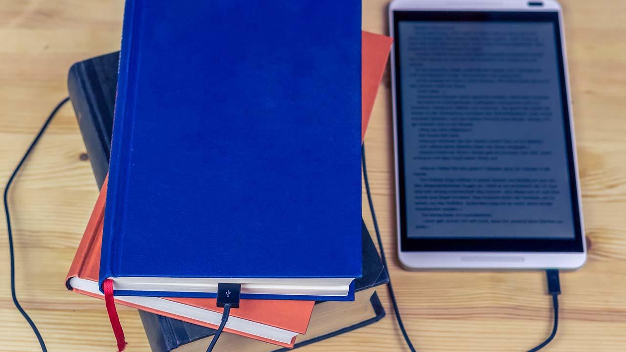 5 Aplikasi Untuk Membaca Novel di Android yang Wajib Dicoba
