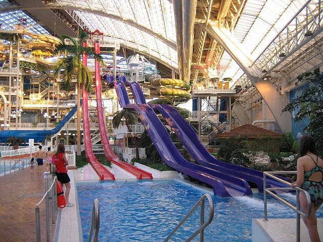 The World Waterpark em Edmonton
