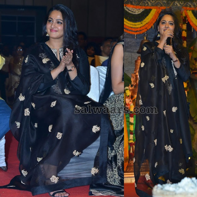 Anushka at Om Namo Venkateshaya Audio