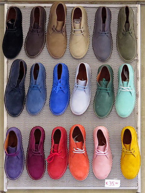 35 Euro shoes in 18 colors, Via de' Gori, Florence