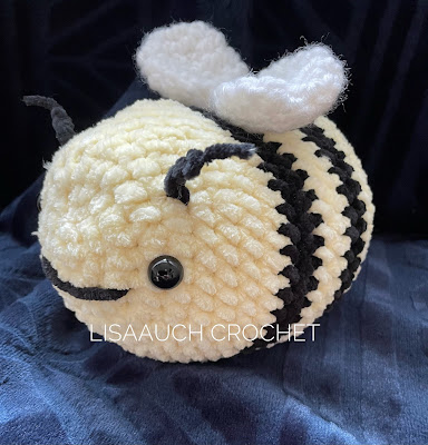 CROCHET BEE PATTERN FREE- Tik Tok Bumble bee pattern FREE