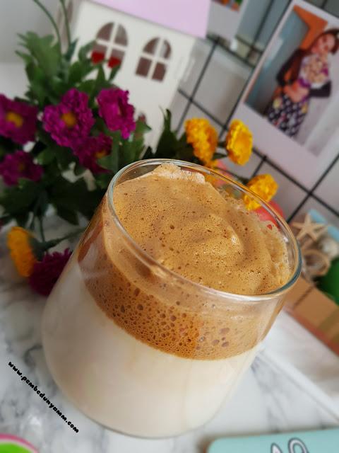 Dalgona kahve yapılışı