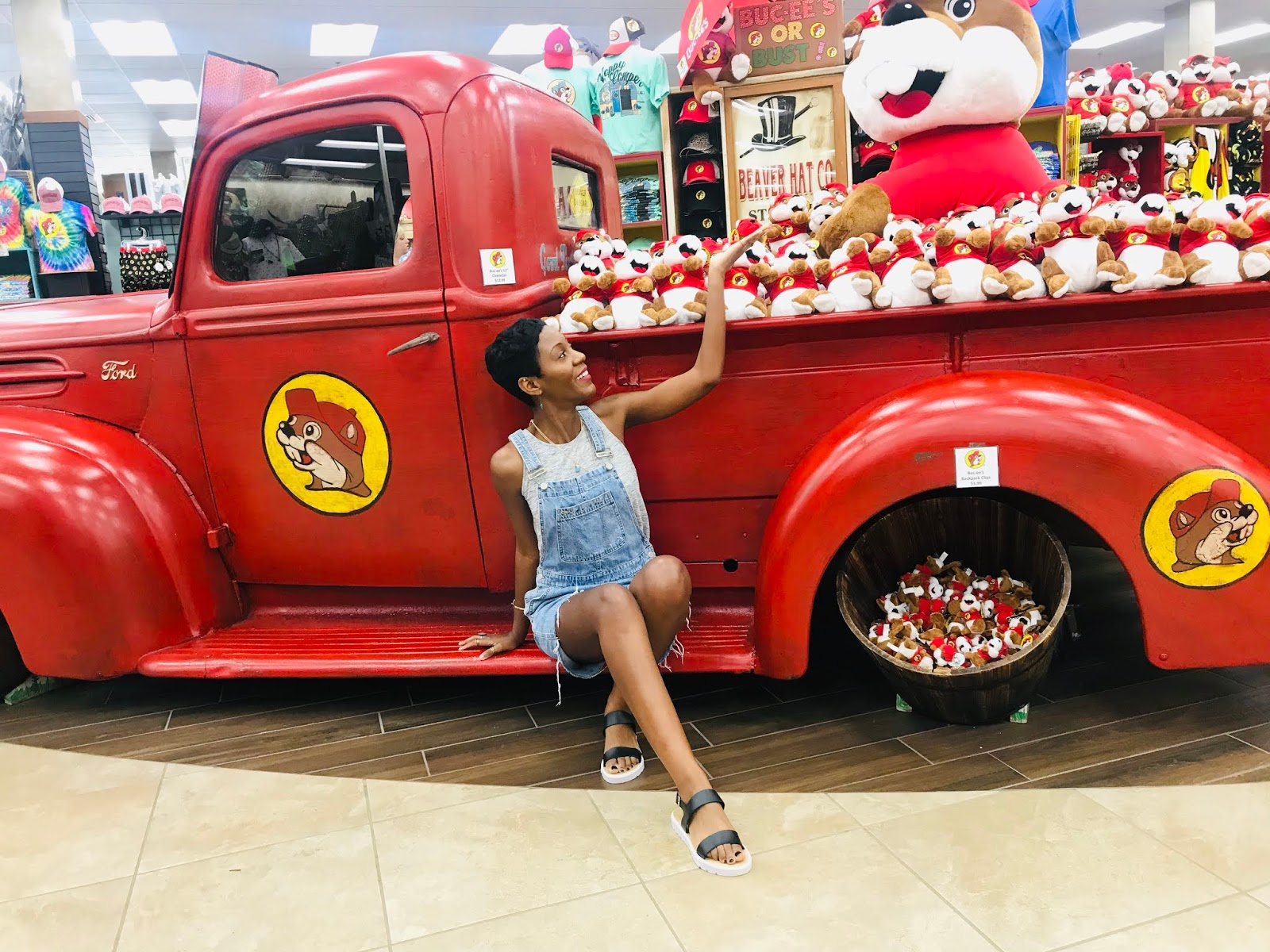 My FIRST Trip To Buc-ee's Beaver Store: Fun, Food, Shopping And A Good Ole' Time!