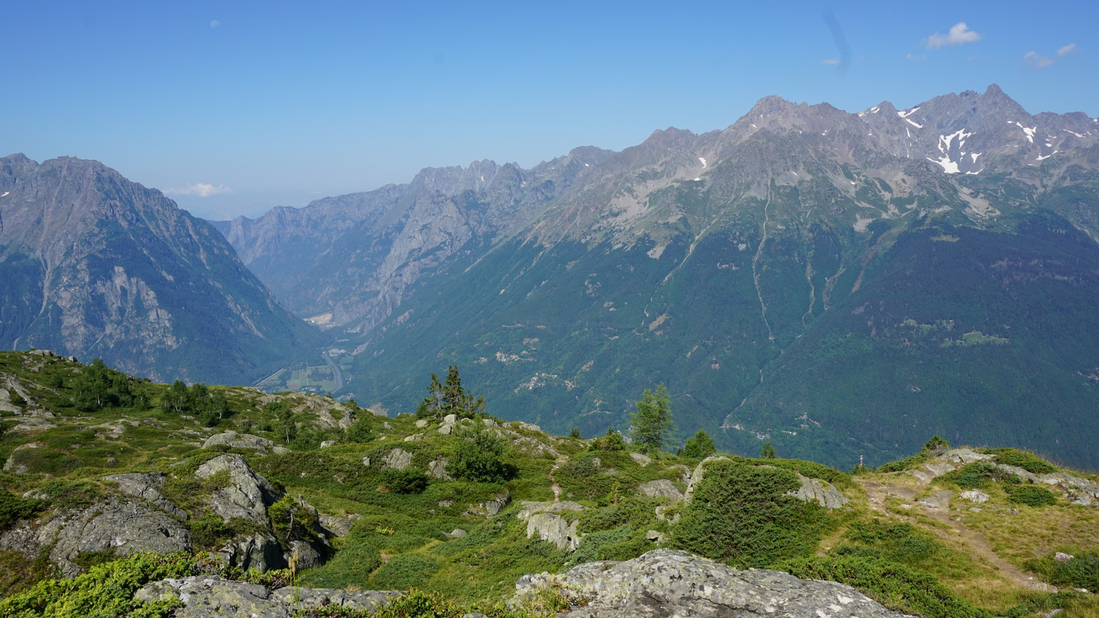 View west from lakes trail Alpe d'Huez